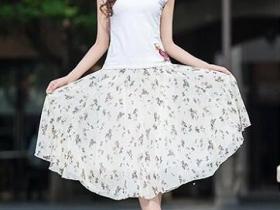 雪纺半身裙,搭出迷人好身材