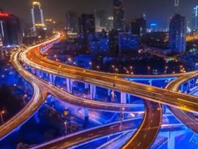 31省份上半年人均消费榜:京沪超2万,你的钱都花哪儿了?